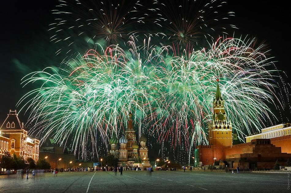 Новый год салют красная площадь